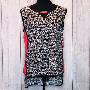 THML Sleeveless Shirt Size Large.  071